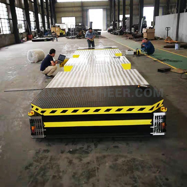 Omnidirectional Piggyback Lift AGV